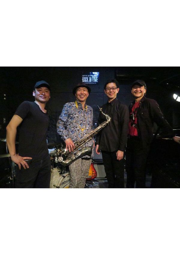 NF4(エヌ・エフ・フォー) ライブ!